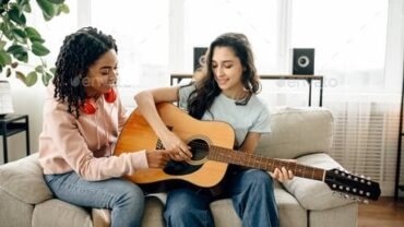 Learn and Play the Guitar at home